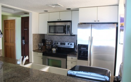 princess-heights-703-condo-for-sale-in-oyster-pond-pic 1