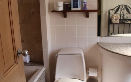 princess-heights-703-condo-for-sale-in-oyster-pond-pic 5