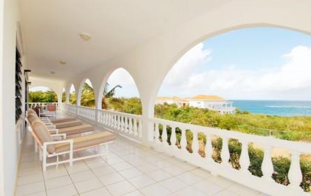 serenata-island-harbour-sea-rocks-villa-for-sale-main