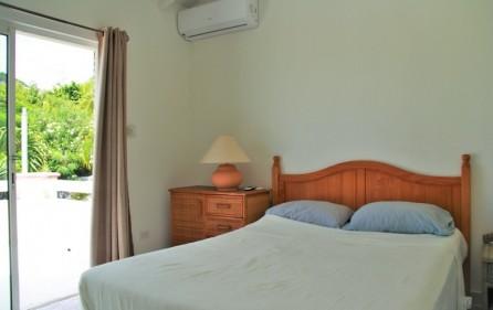white stone condo rental in pelican key sxm 11