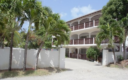 zozo-apartment-building-in-colebay-for-investment-1