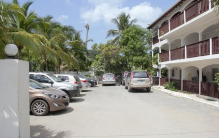 zozo-apartment-building-in-colebay-for-investment-2