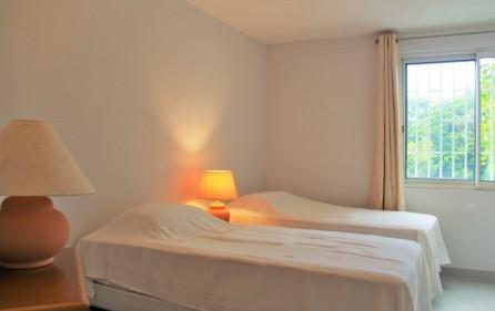 white stone condo rental in pelican key sxm 8