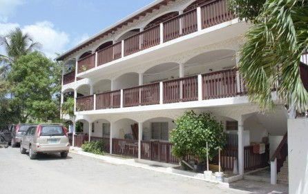 zozo-apartment-building-in-colebay-for-investment-main