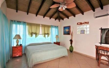 seaside retreat caribbean villa in beacon hill 11