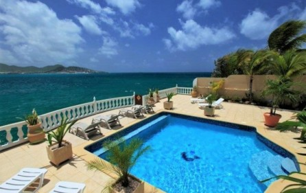 seaside retreat caribbean villa in beacon hill 3