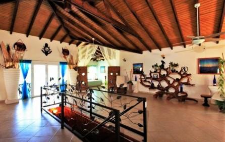 seaside retreat caribbean villa in beacon hill 9