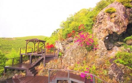 heavens view almond grove villa for sale 3
