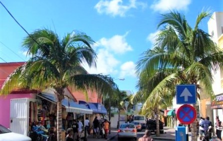 philipsburg back street hotel business for rent​