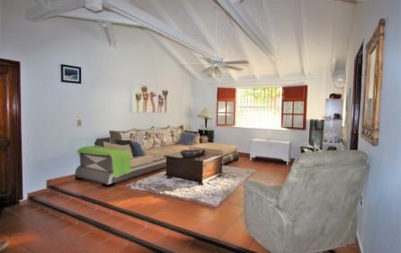 cole bay cozy villa for sale 1