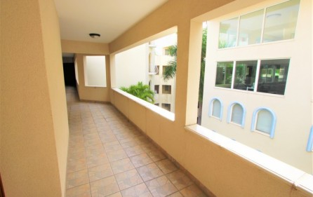 rainbow oceanfront cupecoy condo for sale 18