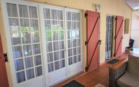 cole bay cozy villa for sale 7