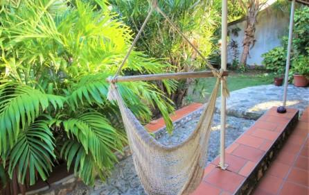 cole bay cozy villa for sale 8