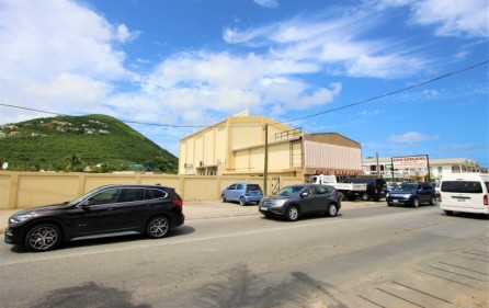 bush road commercial building for sale 1
