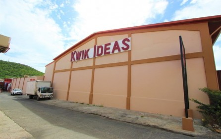 cole bay commercial building for sale​ 1