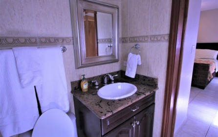 rainbox towers condo in cupecoy for rent 12