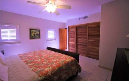 rainbox towers condo in cupecoy for rent 9
