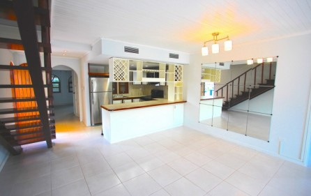 simpson bay sxm yatch club executive condo for sale IMG_0616