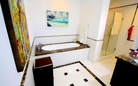 porto cupecoy corner condo apartment for sale IMG_0818