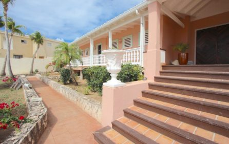 ​beacon hill villa lovongo villa for sale 2
