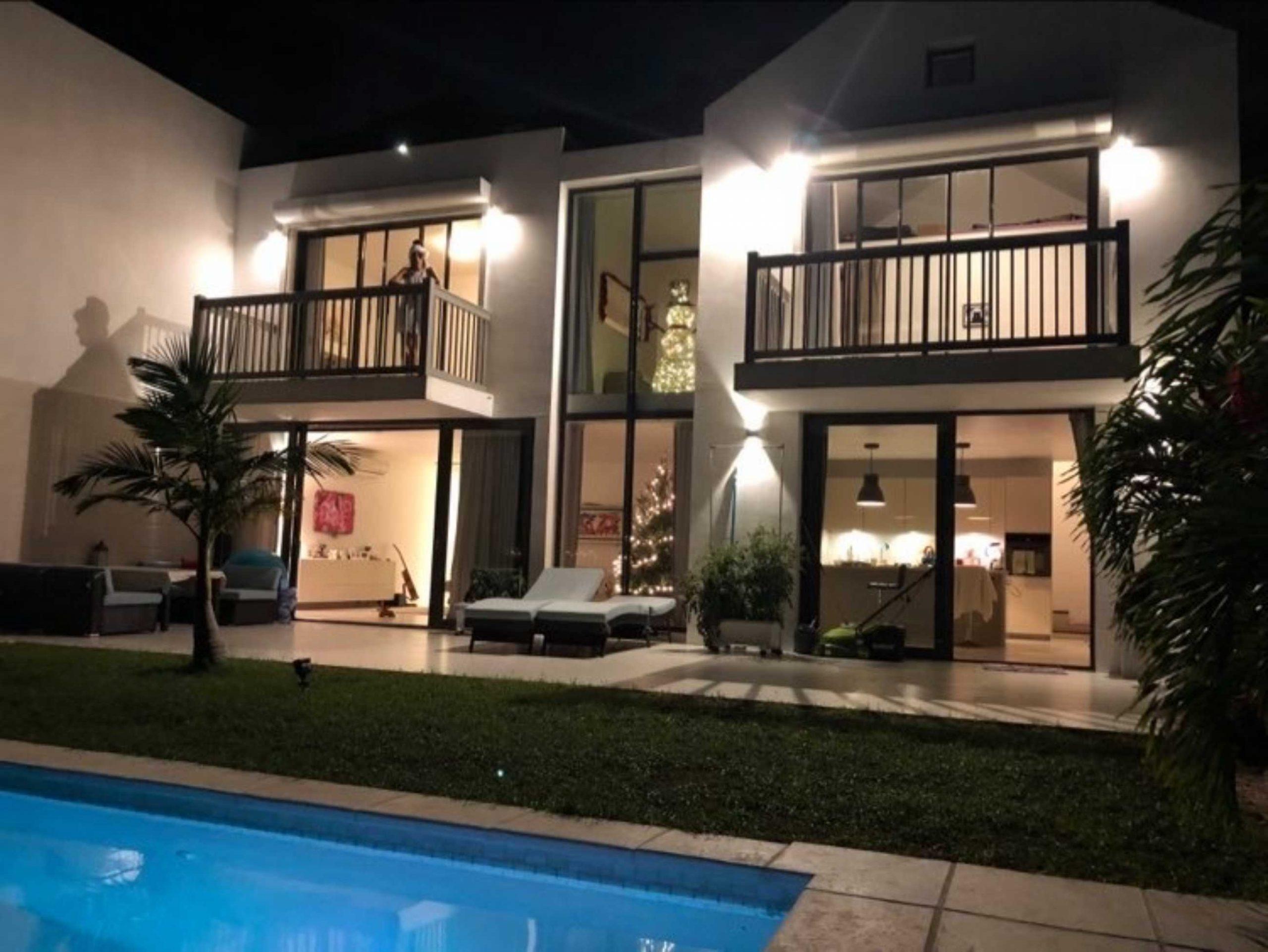 Modern Indigo Bay Villa For Sale
