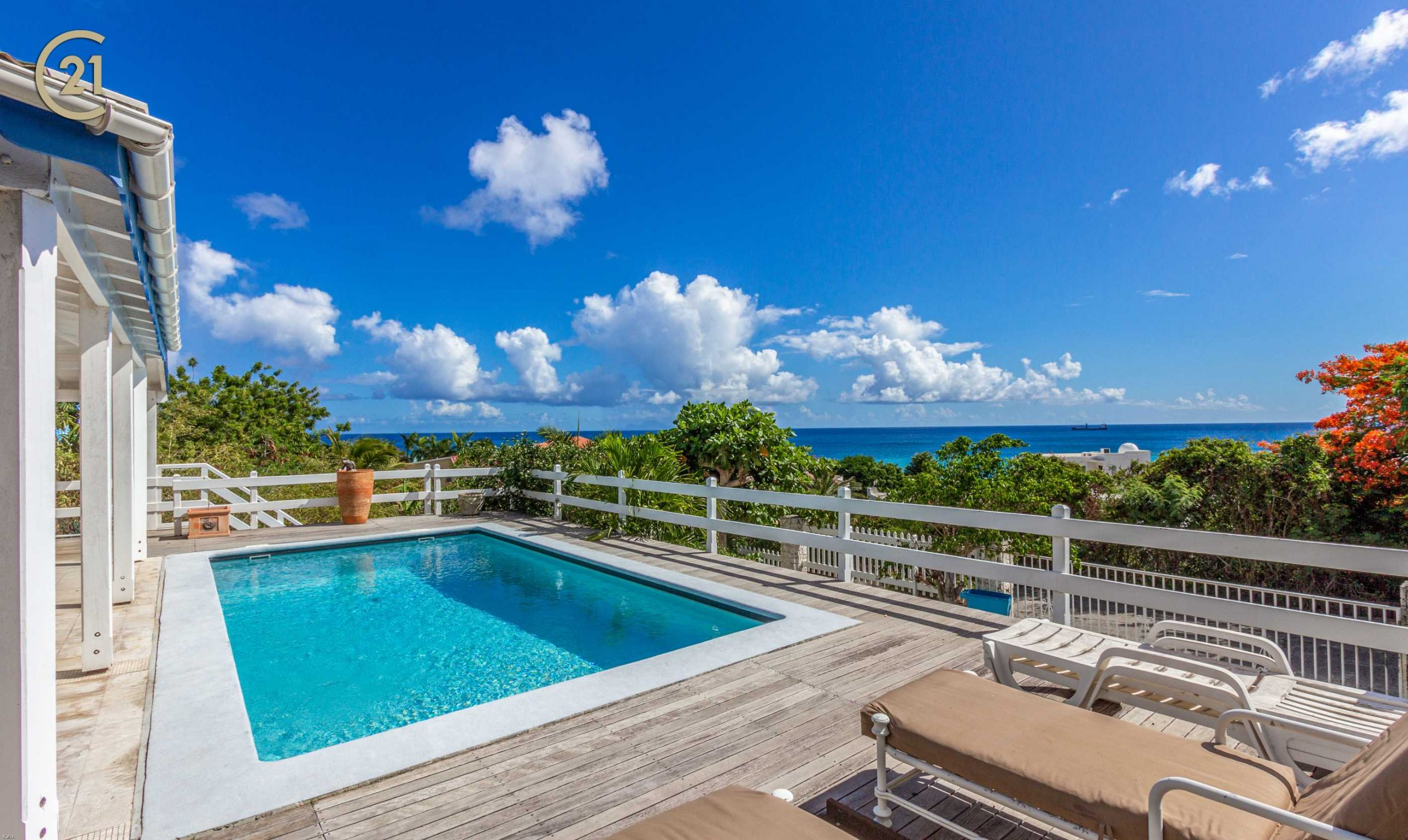 Pelican Key Villa For Sale