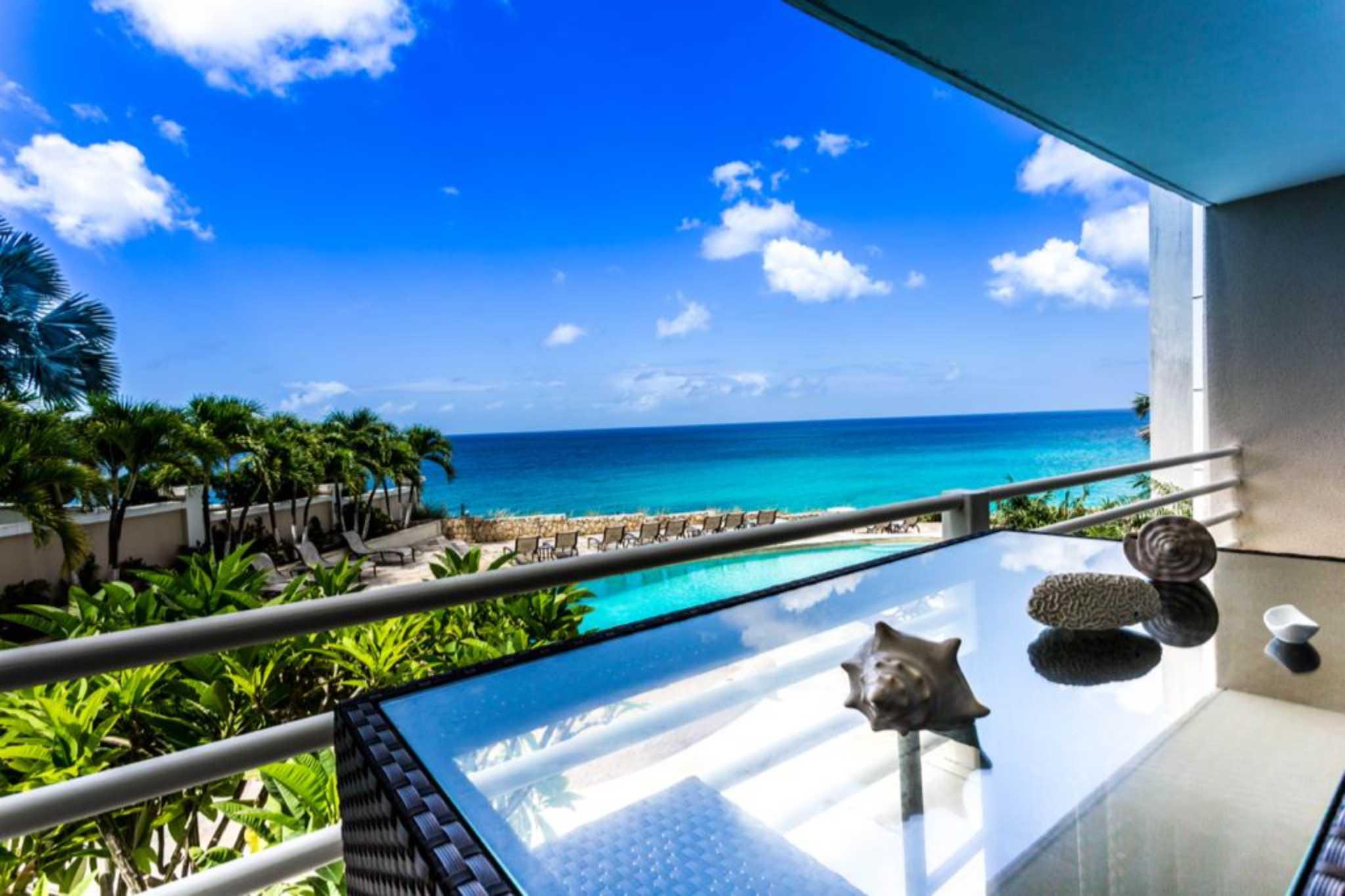Rainbow Beach Club Two Bedroom Oceanview Condo For Rent