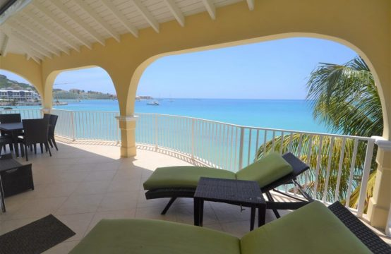 Tropical Simpson Bay Beach Large Two Bedroom Condo For Rent