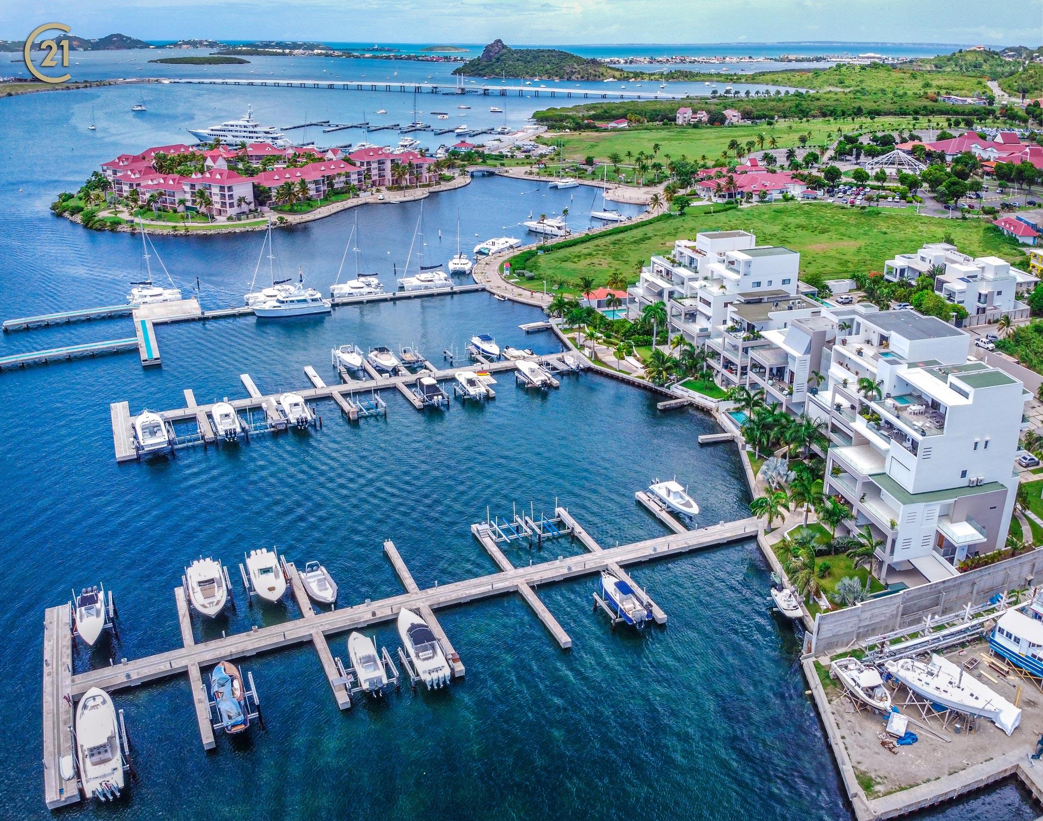 Las Brisas Three Bedroom St Maarten Condo With Boat Dock