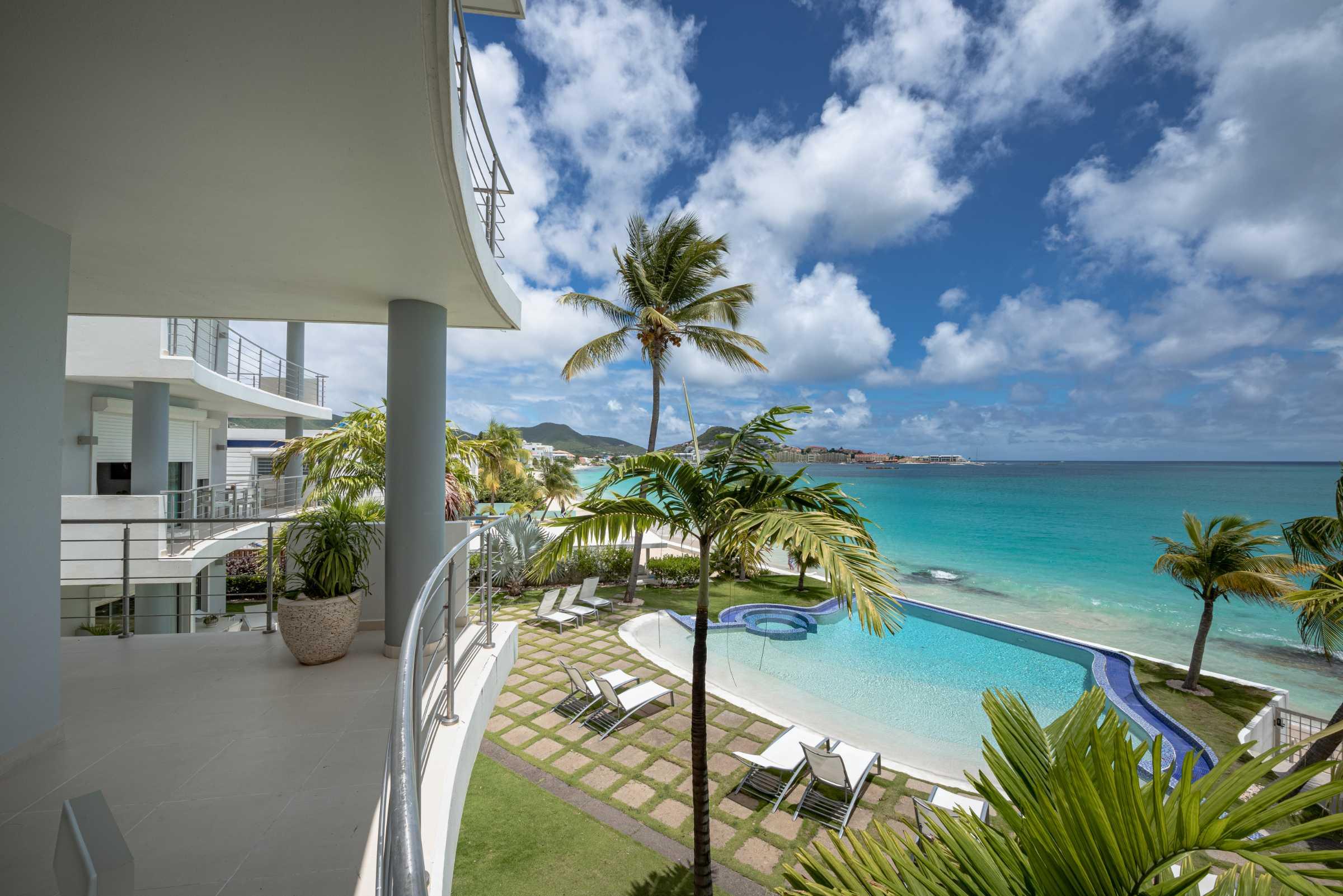 Beach Apartment For Rent In St Maarten