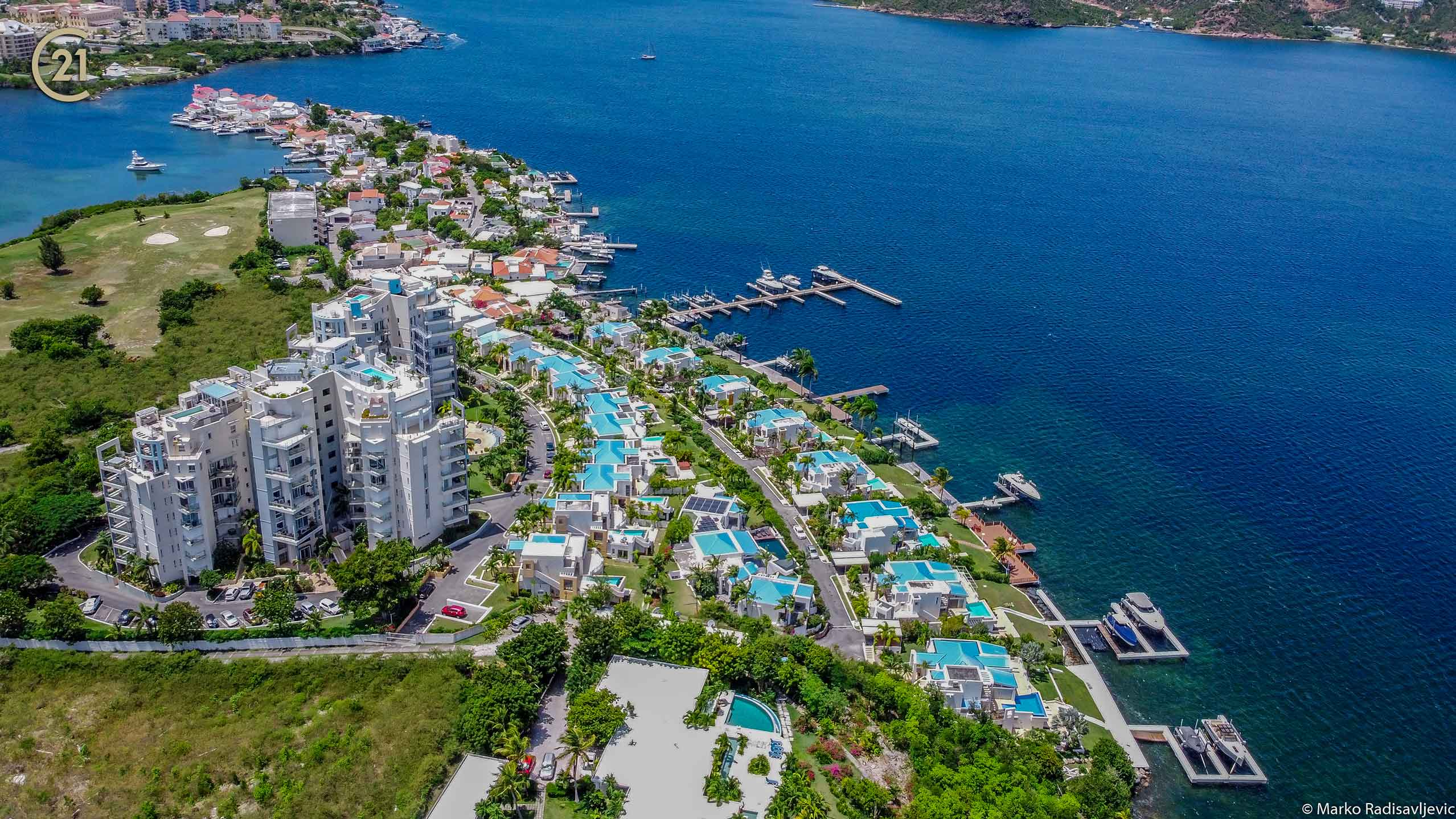 Aqua Marina Luxury Villa