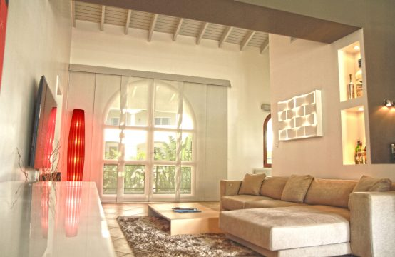 Porto Cupecoy - Modern Condo for Sale - Living Room