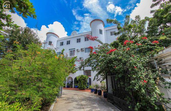 Maho Apartment Building