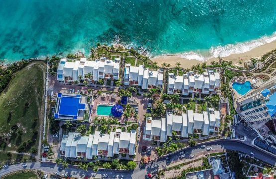 Modern 3 Bedroom Condo- Cupecoy Beach Club