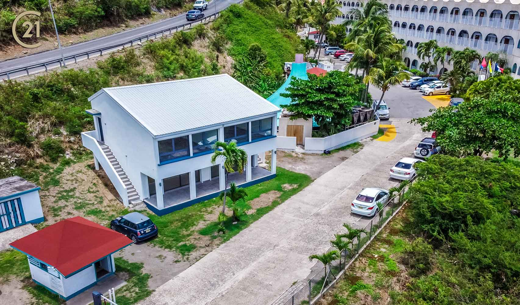 The White House – Commercial Property in Little Bay