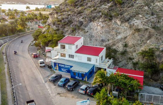 Point Blanche - Commercial Building for Sale