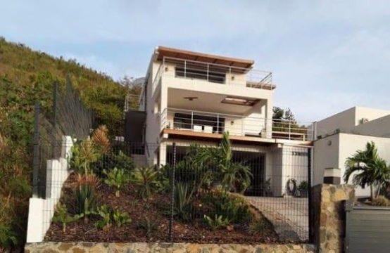 Cole Bay Modern Home