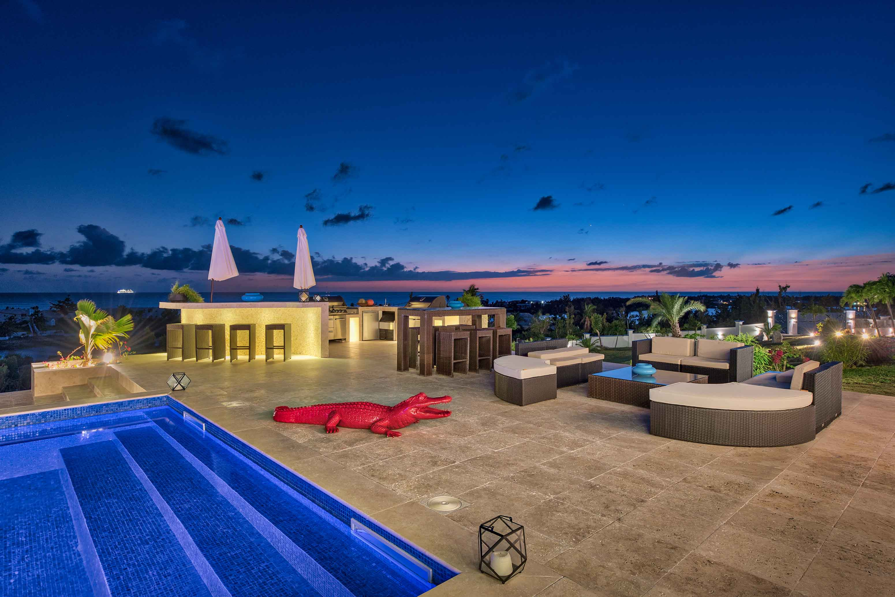 Modern 5 Bedroom Villa El Grand Azure Luxury Rental
