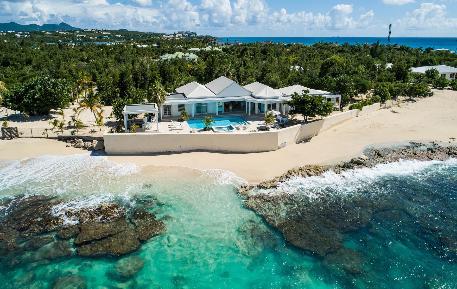 St Maarten beach villa
