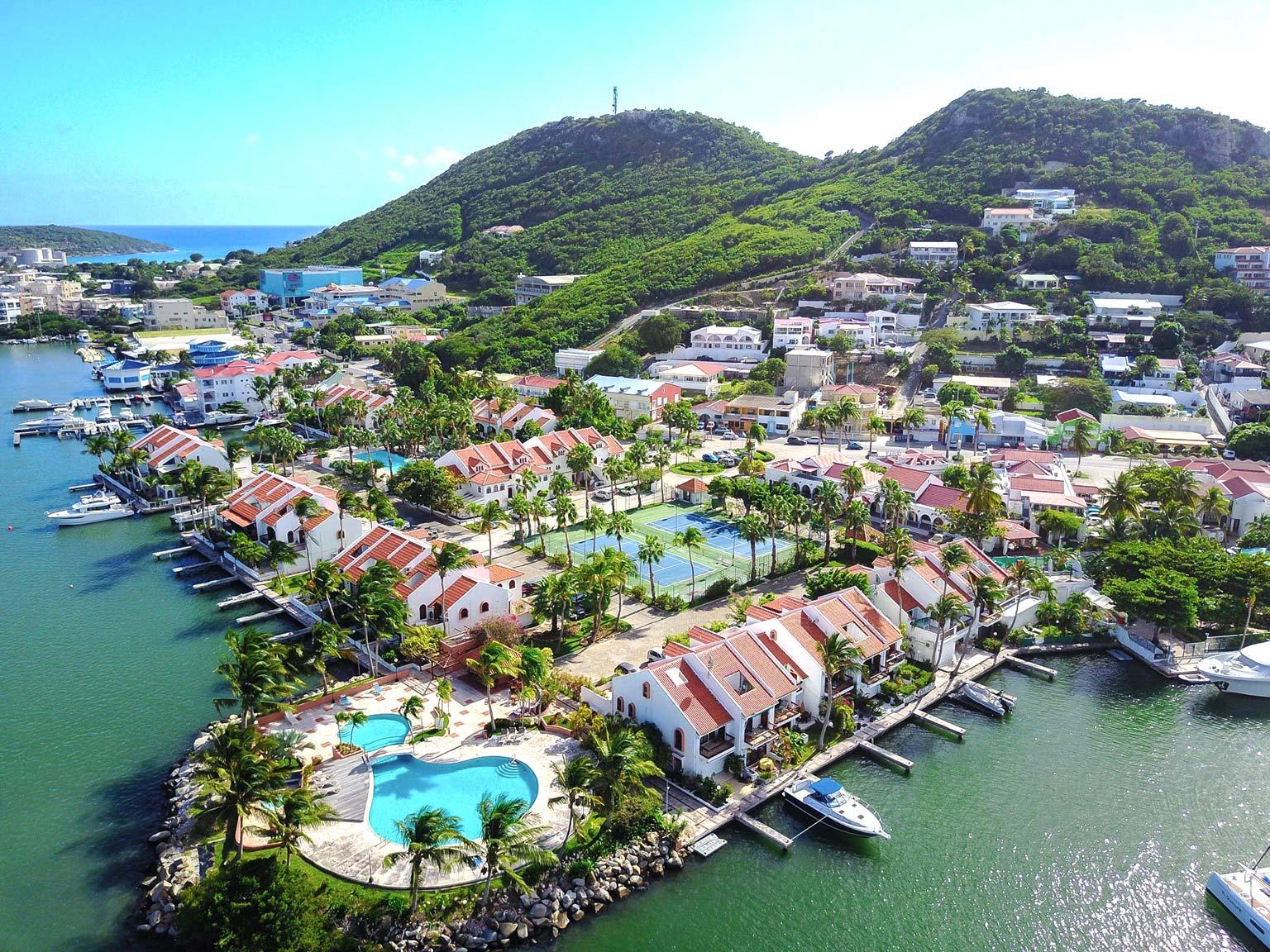 Simpson Bay Yacht Club Studio For Rent