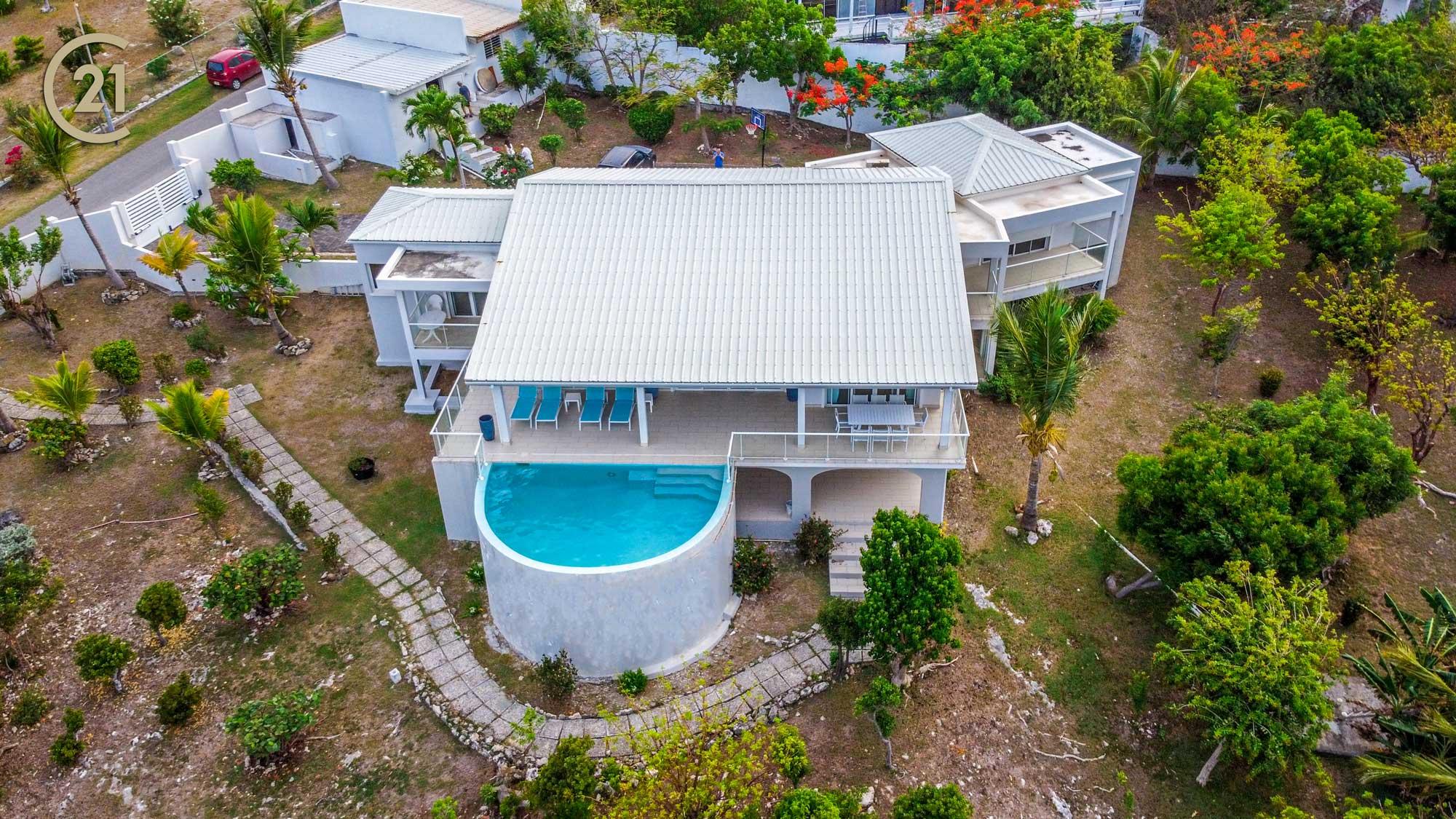 DEAL Guana Bay Modern Four Bedroom Luxury Villa